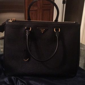 Authentic Prada saffiano leather classic satchel
